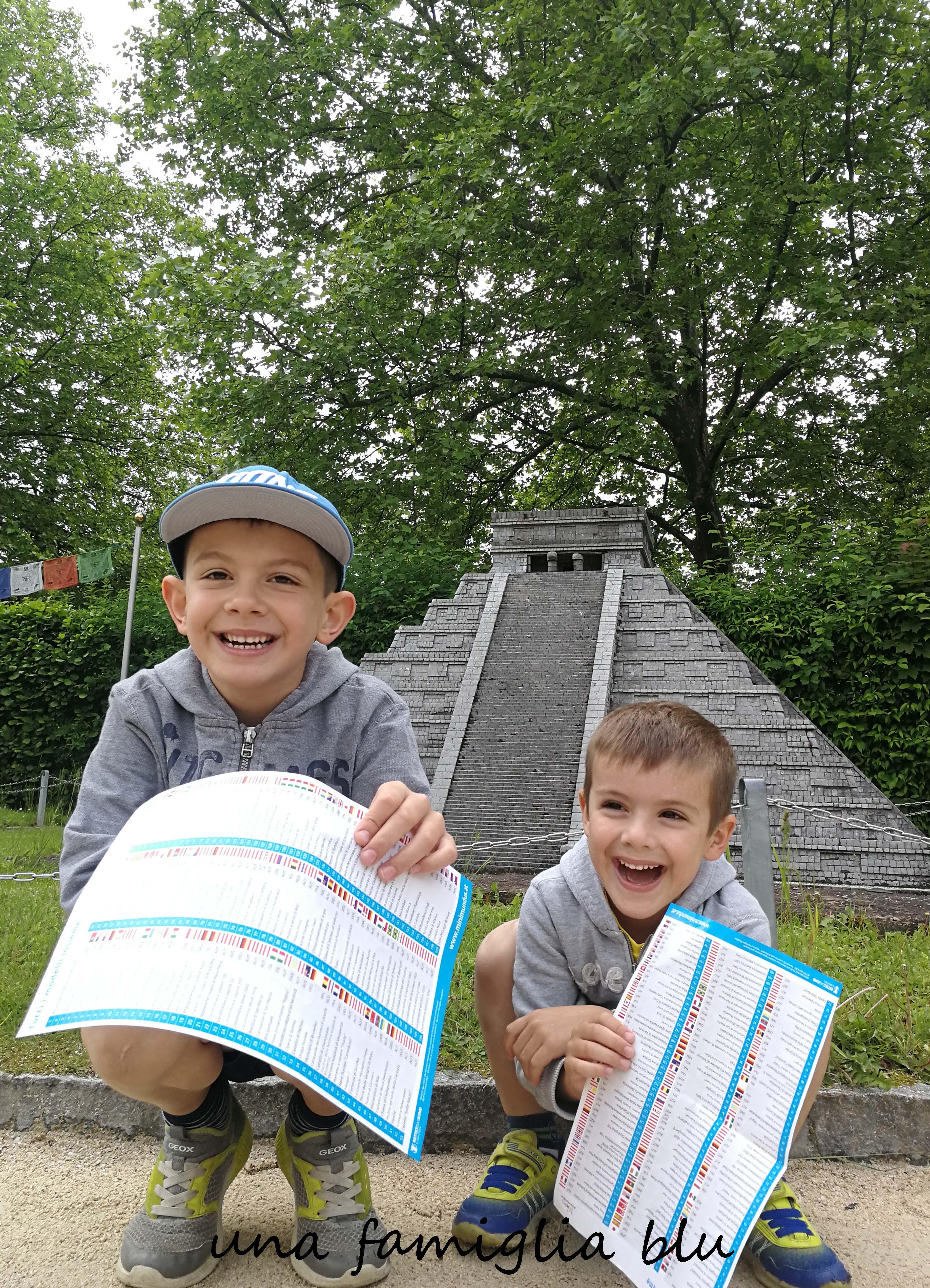 Diario Di Viaggio Per Bambini Scaricabile Una Famiglia Blu